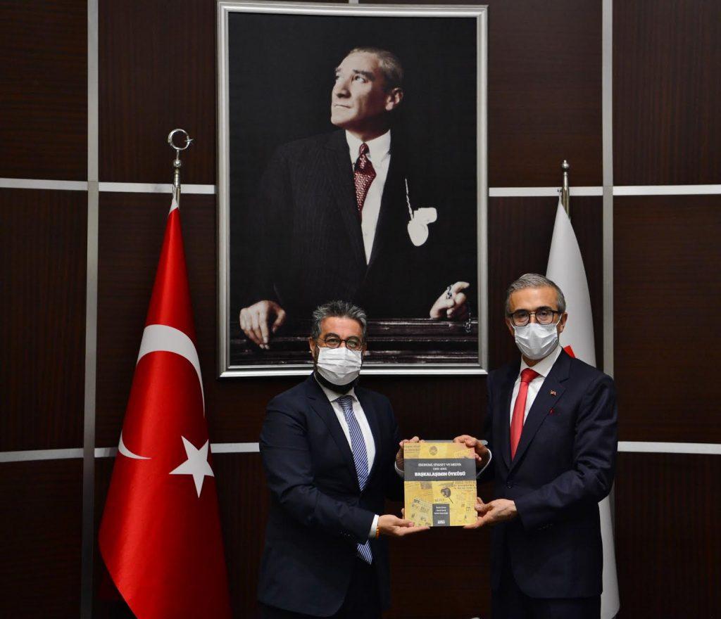 Savunma Sanayii Başkanı Demir, EMD Yönetimiyle Buluştu